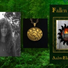 Fallen Hope - Gift Combo - Novel and Limited Edition Medallion
